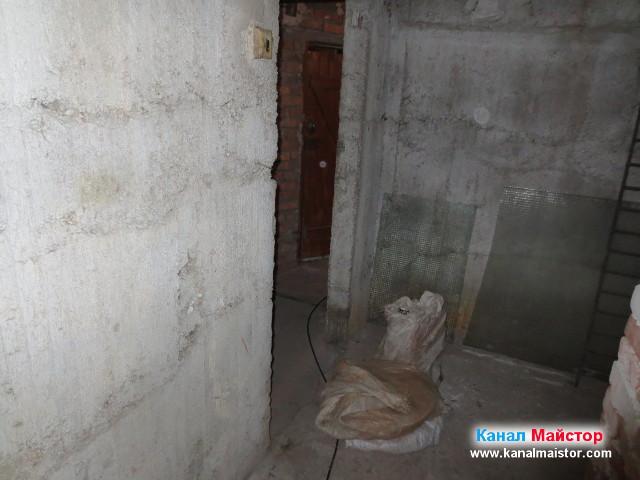 В коридора на мазето