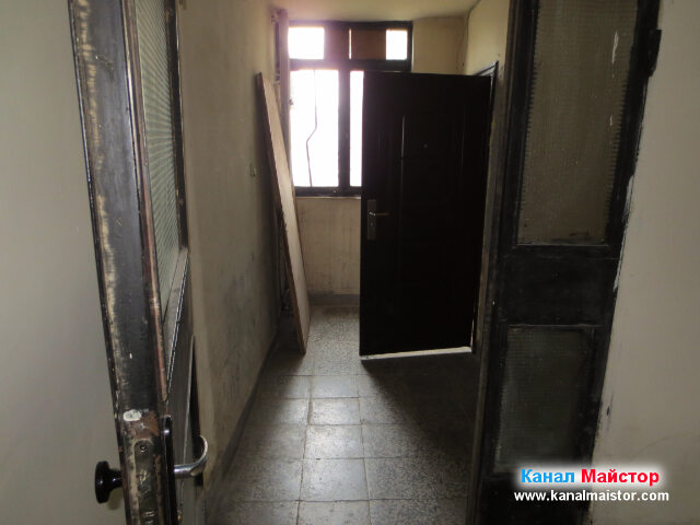 Вратите, които водят към мазето