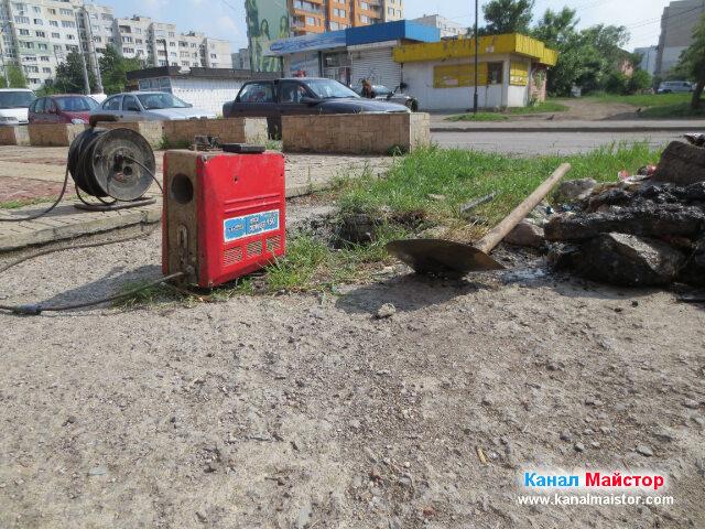 Машината за отпушване на канали на Канал Майстор е почти готова за работа