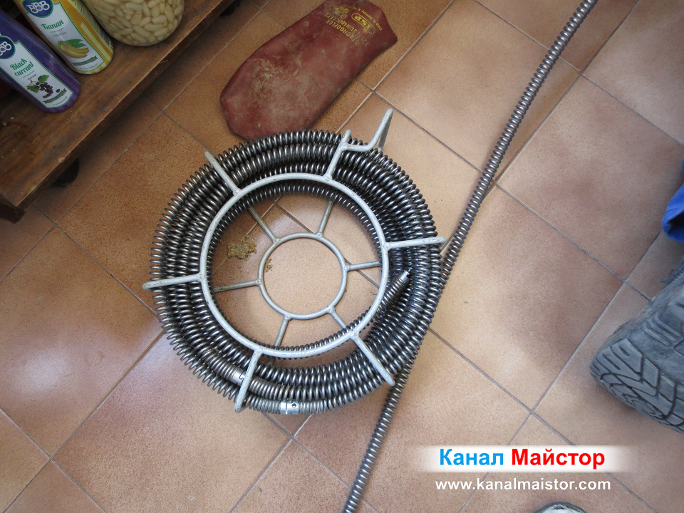 Спиралите с диаметър Ф16мм, на Канал Майстор, за отпушване на мивки и сифони